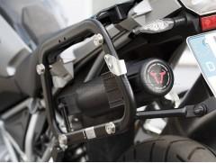 Контейнер для инструментов на мотоцикл