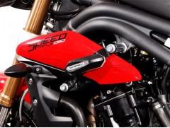 Боковые слайдеры (крашпеды) для Triumph Speed Triple 1050 / R (10-)